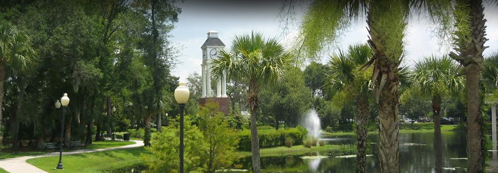 lake mary park with clocktower