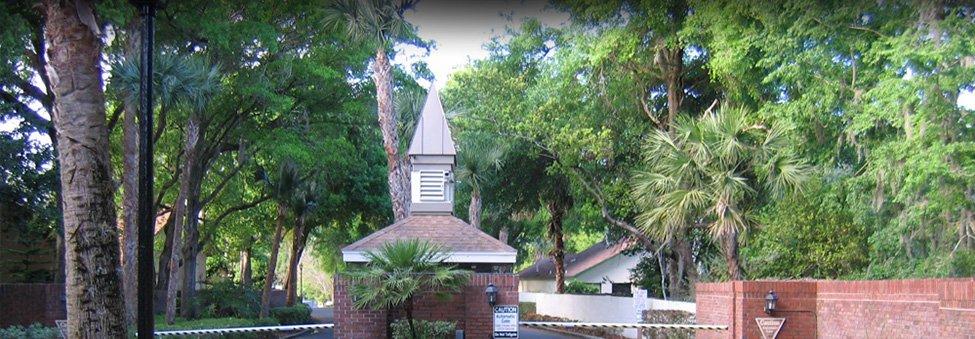 longwood entrance to neighborhood